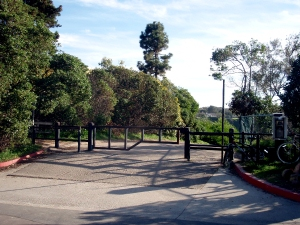 Black's Beach La Jolla Farms entrance